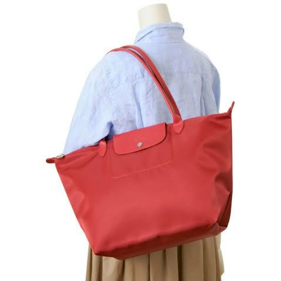 Longchamp Le Pliage Neo Large Tote Bag in Red